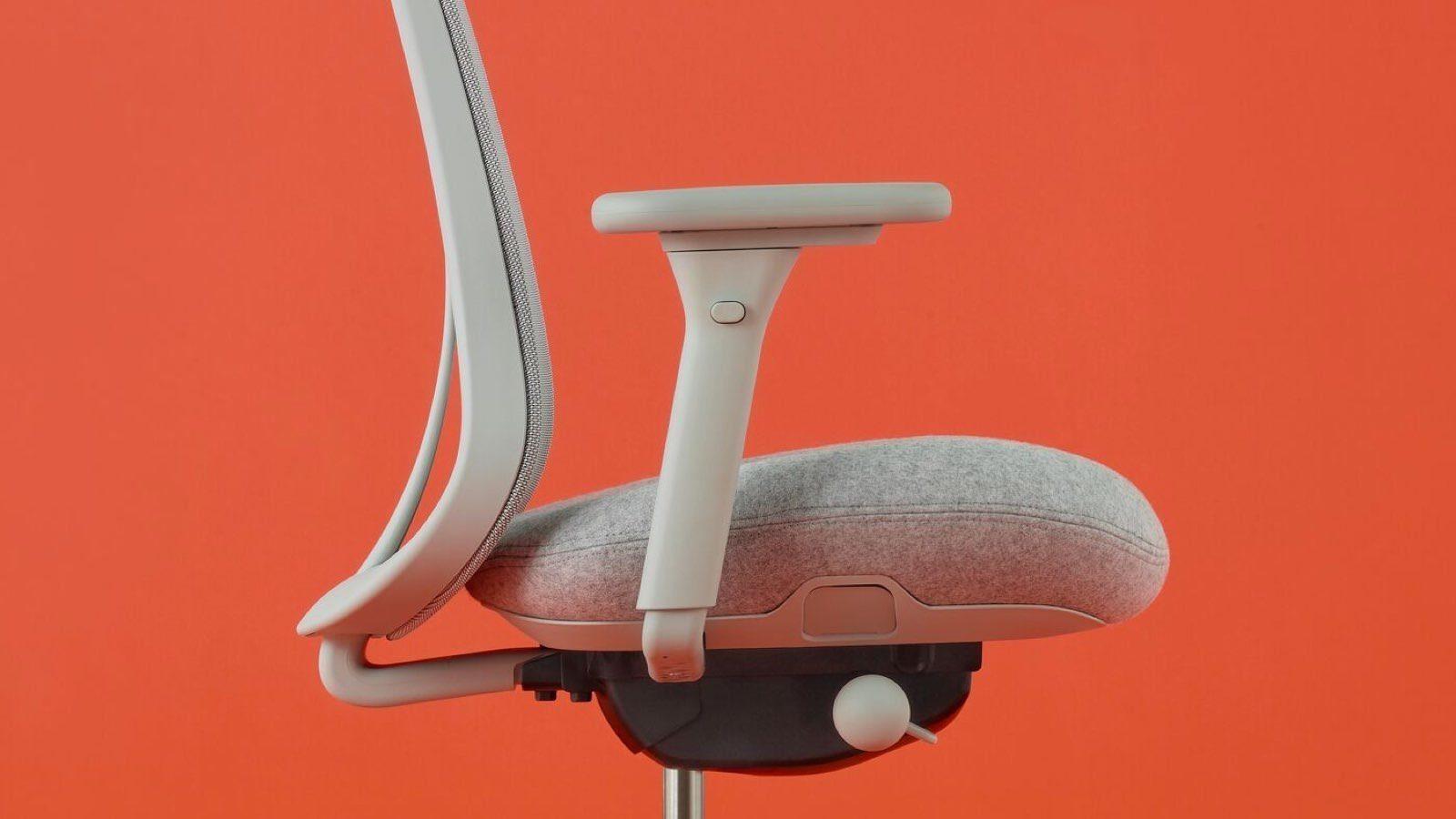 herman miller verus chair side detail