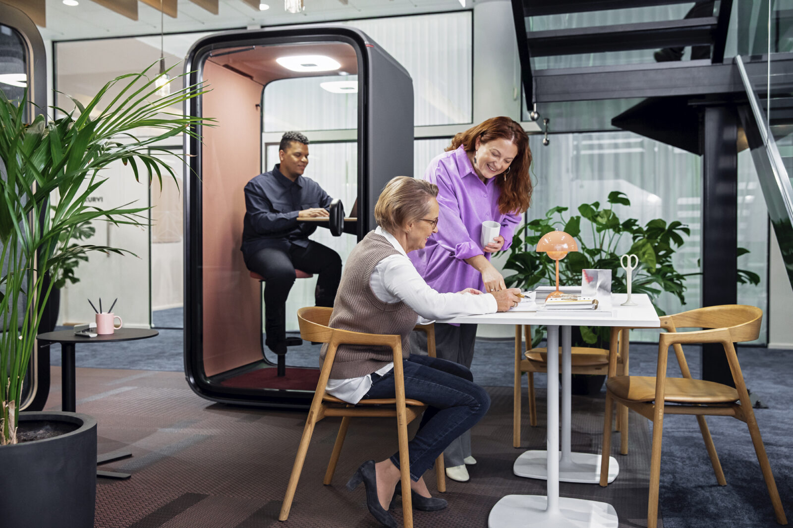 Framery office soundproof phone booth, privacy pod, soundproof booth, solo pod, connected pod, individual work in loud office